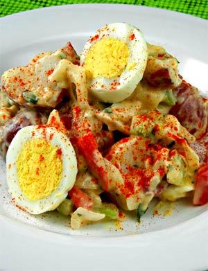 Яичный салат с приправами